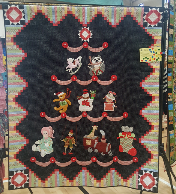 Toyland Tree, Needle Nellies of Georgetown, quilted by Beth Donley and Sheri Bahr